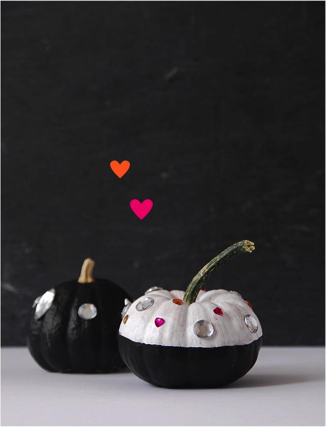 """""""no carve pumpkin decorating"""""""