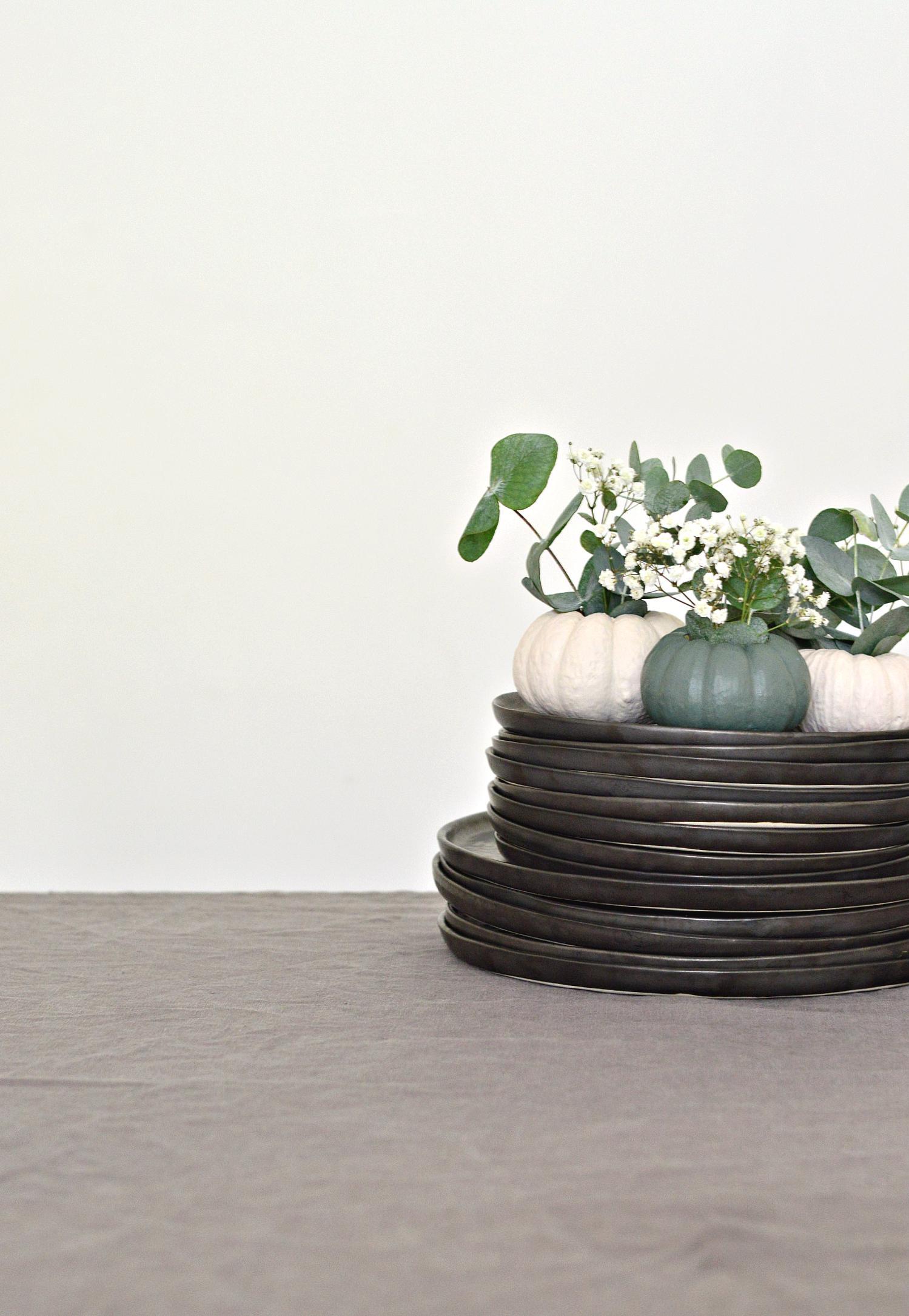 DIY mini pumpkin decorations