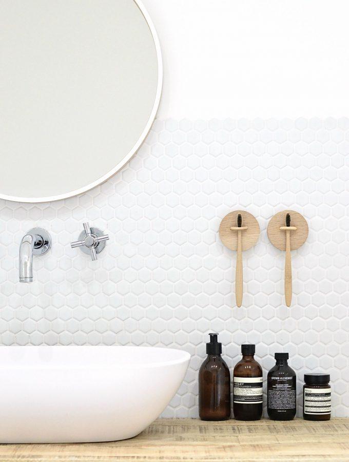6 DIY bathroom storage ideas to stay organised
