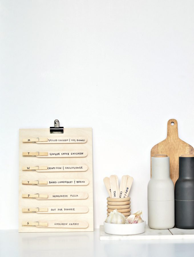 Make meal planning super easy with this DIY