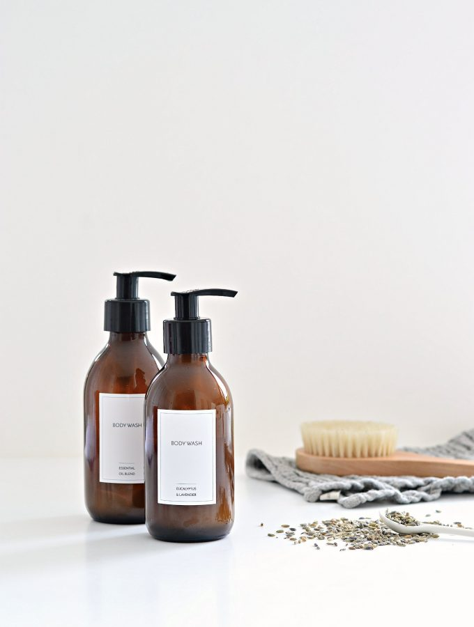 Clean up! Homemade body wash with essential oils (+ free labels)