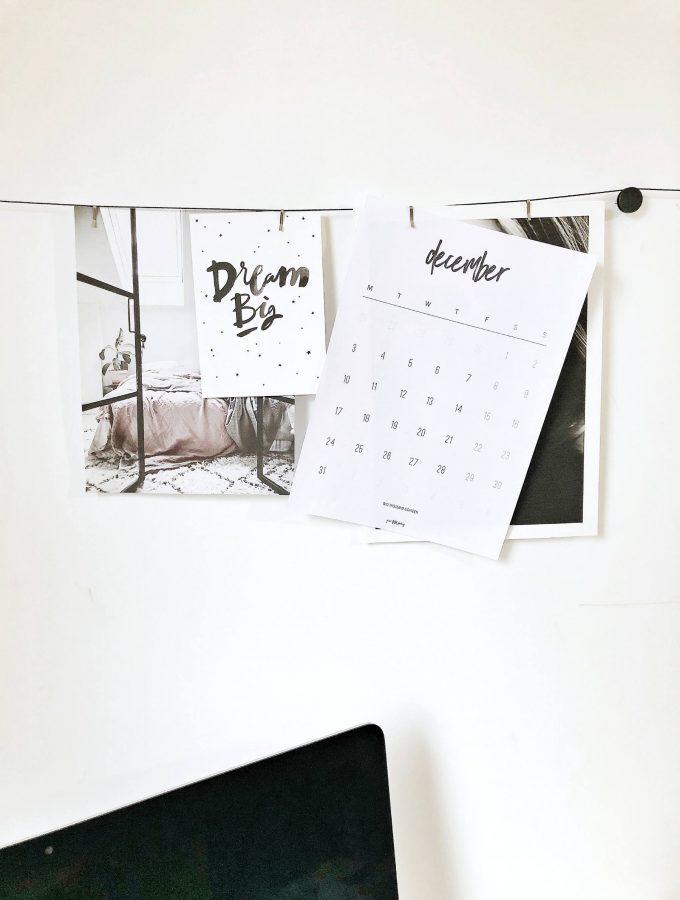 Free printable December 2018 Calendar