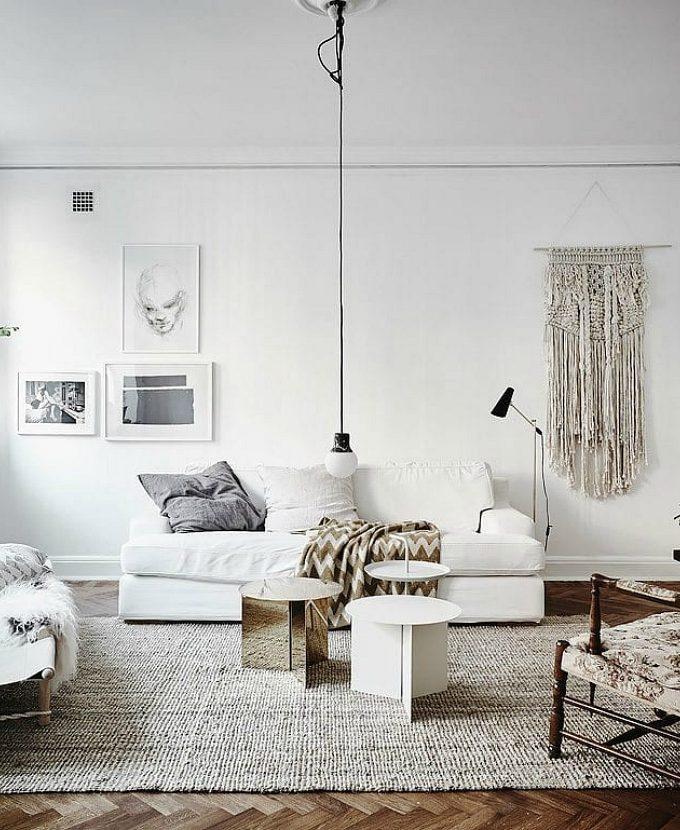Little decor ideas for big impact: off center wall decor