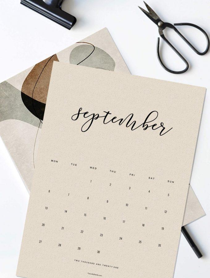 Get stuff done! 2021 Minimalist Calendar printable