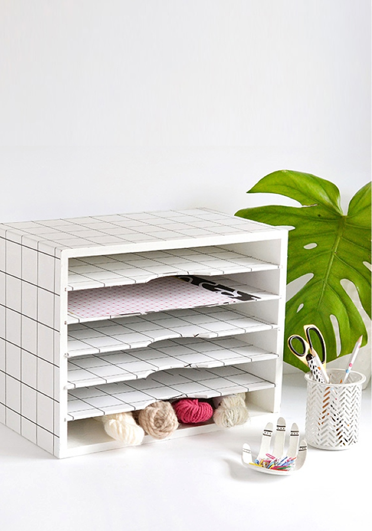 stylish-desk-accessories-for-organization