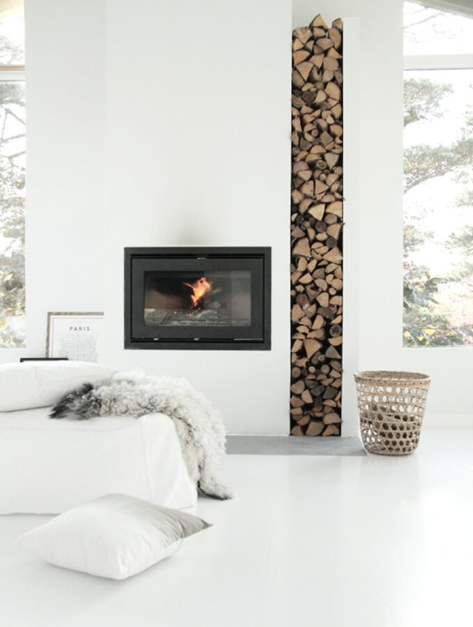 How to choose a wood burning stove to cozy up your home