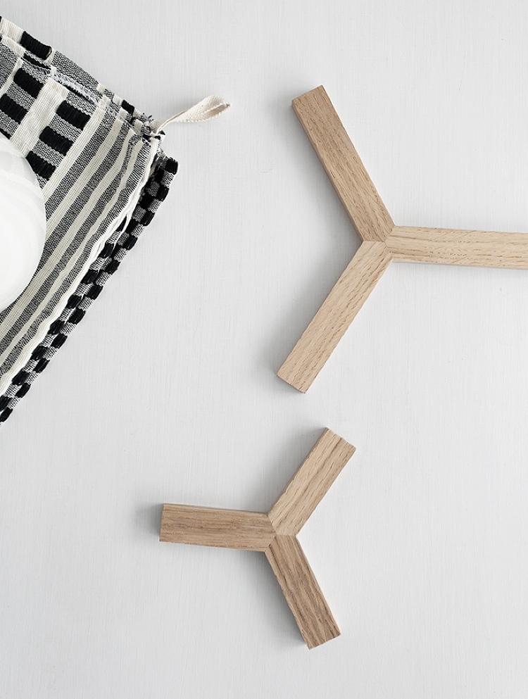 DIY wooden trivet